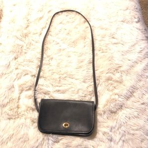 🌟❤️Vintage❤️🌟Coach Leather Cross Body Bag